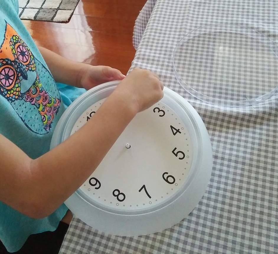 Apprendre à lire l'heure aux enfants
